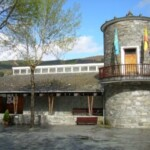 Pueblo ejemplar a la Comunidad Educativa y Vecinal de San Antolín de Ibias en 1999